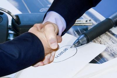 <b>25% de descuento </b>o <b>una consulta gratuita </b>con estudio de documentación y emisión de un dictámen escrito con la opinión del despacho para consultas
